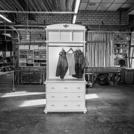 adicolor-furniture-makeof02